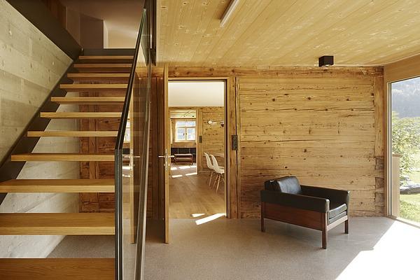 Architekt di bernd frick haus frick bizau for Architekt holzhaus